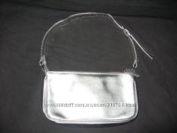 фирменная серебристая сумочка Atmosphere