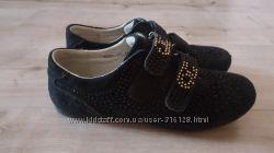 Замшевые ботинки-кроссовки для девочки