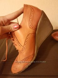 Коричневые ботинки оксфорды