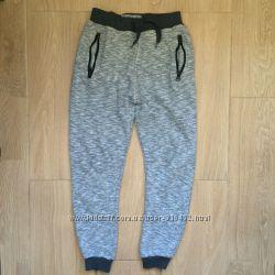 теплые спортивные штаны на 9-10 лет
