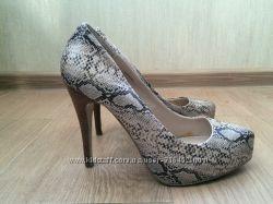 нарядные туфли шпильки