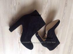 Стильные ботинки сапоги D&G