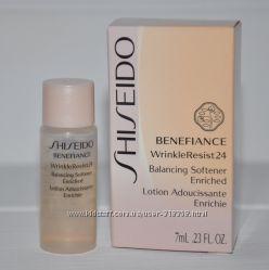 Восстанавливающий балансирующий софтнер Shiseido Benefiance WrinkleResist