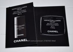 Тональное средство с эффектом сияния  Chanel Perfection Lumiere Velvet