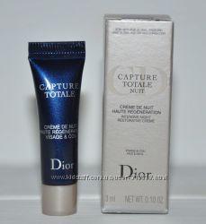 Интенсивный восстанавливающий ночной крем для лица и шеи Dior Capture Total