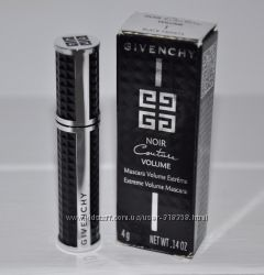 Ультра объемная тушь для укрепления ресниц Givenchy Noir Couture Volume