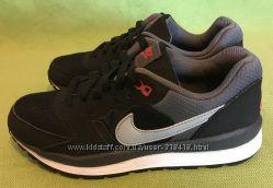 ��������� Nike, ��������, �. 37 ������� 24��.