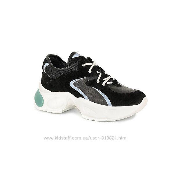 Женские кроссовки , лёгкие и удобные, натуральная замша