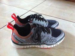 REEBOK фирменіе кросовки