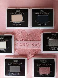 в наличии Тени для век в наличии Chromafusion Mary Kay