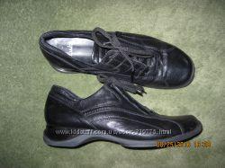 Мягкие удобные кожаные Clarks 6 разм. в отличном состоянии
