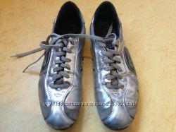 кроссовки  SHY италия