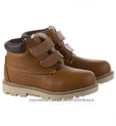 Ботиночки деми 20 см. новые C&A