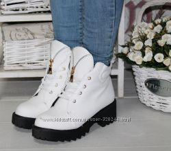 Теплые ботиночки разные цвета и модели
