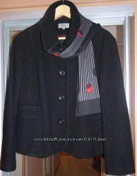Короткое Пальто, шерсть на 58-62 р-р