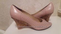 Туфли с перфорацией 36. 5 р нежно-розовые