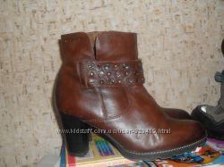 модные кожаные деми ботинки Tamaris 25см 39размер