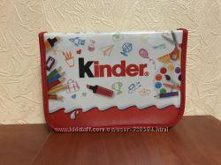 пенал с карандашами и фломастерами от Kinder