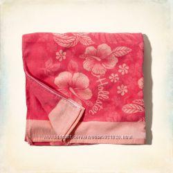 Яркое пляжное полотенце Hollister Гавайский принт