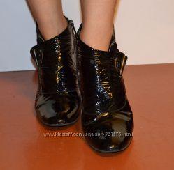 Лаковые кожаные ботиночки аiciberllucci