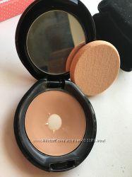 Пудры кремовые основы Inglot  и Shiseido