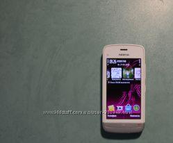 Продам телефон Nokia C5-03