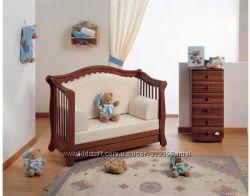 Итальянская деревянная детская кроватка комод, постель