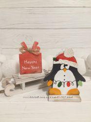 Новогодний пингвинёнок на подставке