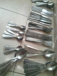Вилки, ложки , ножи.