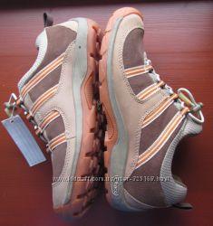 новые кроссовки бренд Chaco 38 р. 245-25 см натур нубук замша