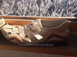 Кожаные сандалии, размер 41-42