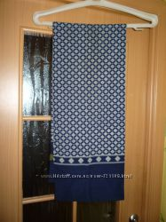 Красивый шарф, состояние нового