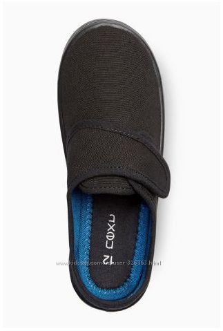 Наши легкие тканевые туфли Next на резиновой подошве