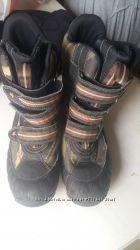 Ботинки зимние на подростка Geox  40 размер
