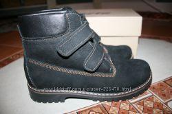 Продам зимові замшеві черевики 39р. , натуральне хутро