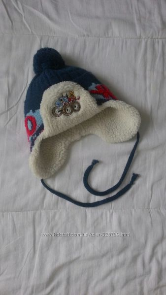 зимняя шапка   объм 42-46 см. Польша