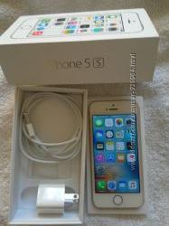 iPhone 5S 64 GB, золотой, бу, новые адаптер и зарядка, коробка.