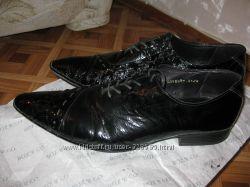 Туфли натуральный лак р. 44