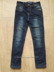 Теплые джинсы на 7-8 лет, как новые