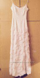 Очень красивое  свадебное платье р. 40 в идеальном состоянии