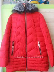 Ярко красный пуховик Meajiateer на холлофайбере р. 50 в идеальном состоянии