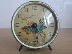 Часы будильник Янтарь СССР Буратино Золотой ключик
