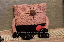 Кото -подушка