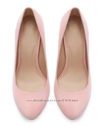 Шикарные нежно-розовые лодочки