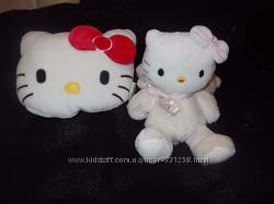 Кошечка и подушечка Hello Kitty