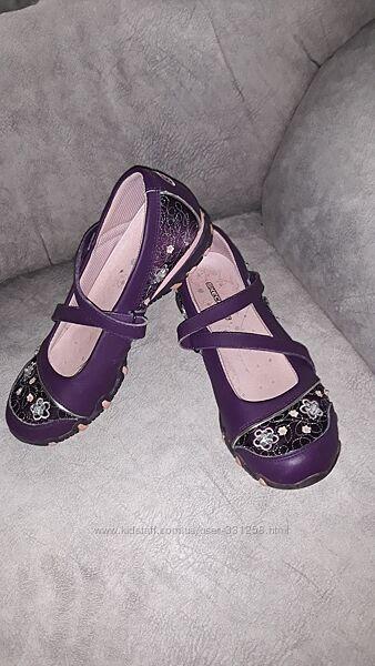 Туфли Skechers - размер 36