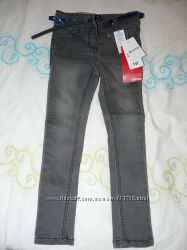 Фирменные джинсы скины KIABI на 5лет. р. 98, 104, 110