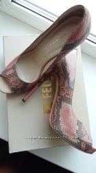 Туфли из питона Fellini 39р