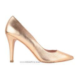 Броги, ботинки, слипоны, сандалии, туфли, босоножки фирмы WONDERS