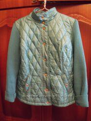 Демисезонная приталеная куртка с вязаными рукавами 54 р-р